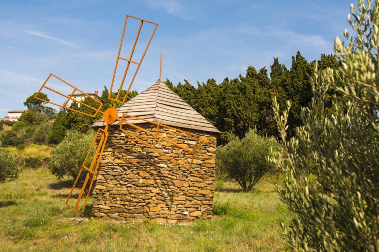 Moulin en pierre - crédit Lionel Moogin - Agly Tourisme