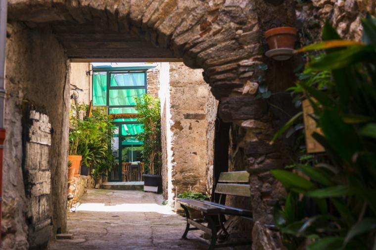 Restaurant village de Bélesta - crédit Lionel Moogin - Agly Tourisme